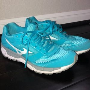 Mizuno Women's Running shoes